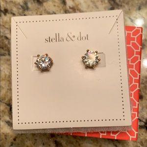 Stella & Dot Studs